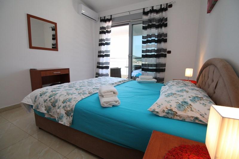 Bedroom 1 (2) (Copy)