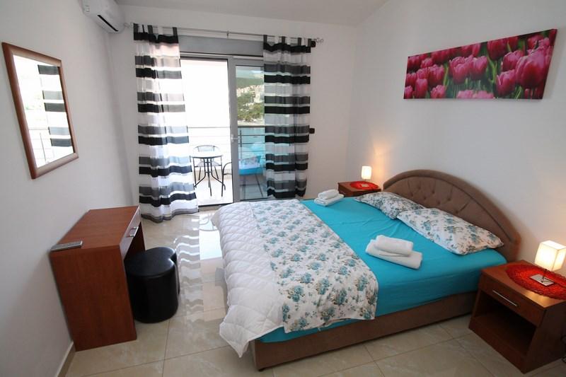 Bedroom 1_double (Copy)