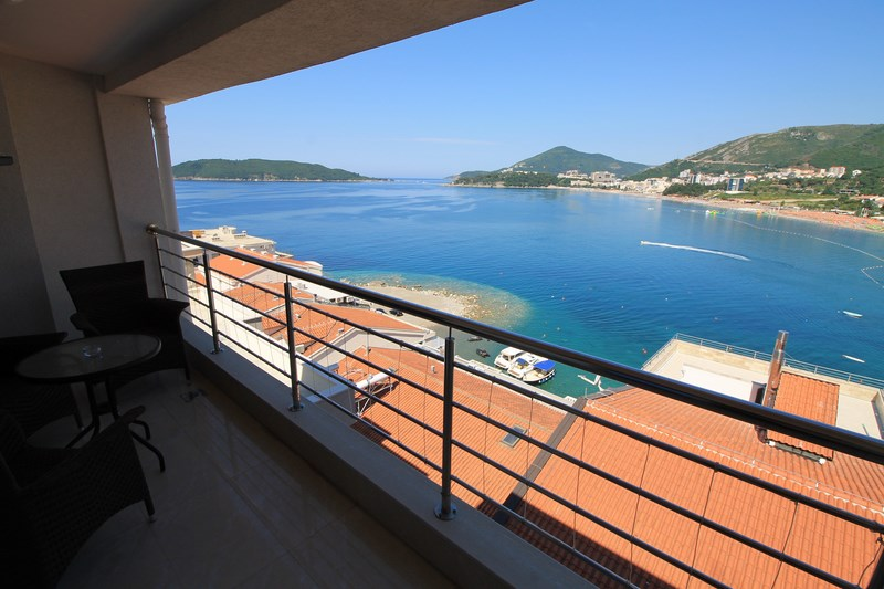 Sea view (2) (Copy)