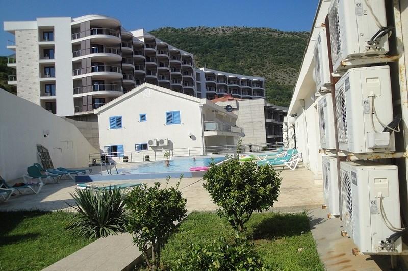 Pool area (Copy)