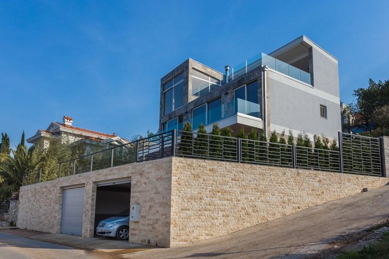 Villa side view_pic2 (Copy)